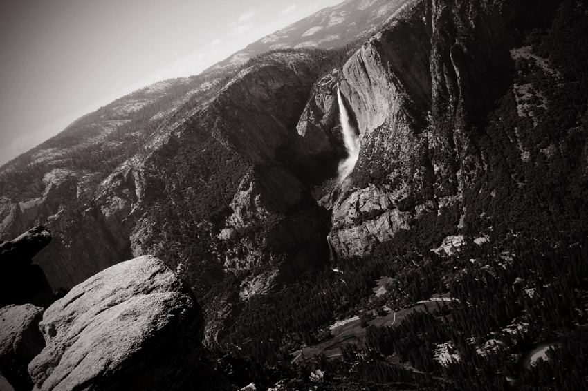 bridal falls black and white