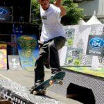 Skateboarding Grind