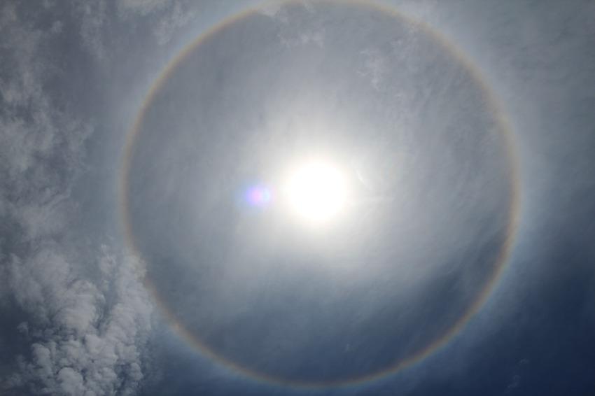 Solar rainbow