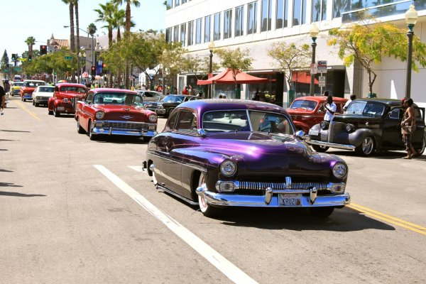 Route 66 Rendezvous: An Excuse to Photograph Vintage Cars