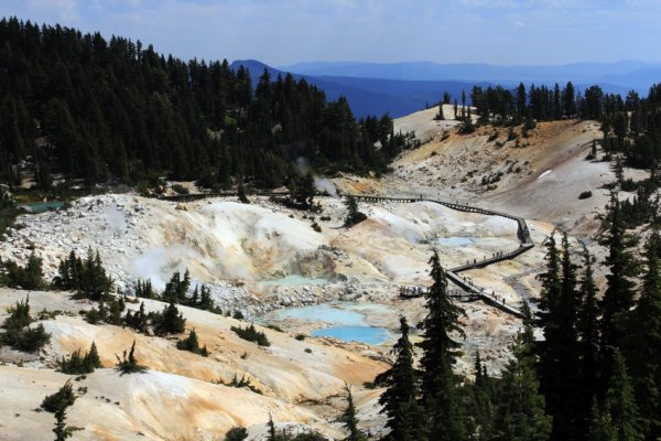 bumpass-hell-from-above