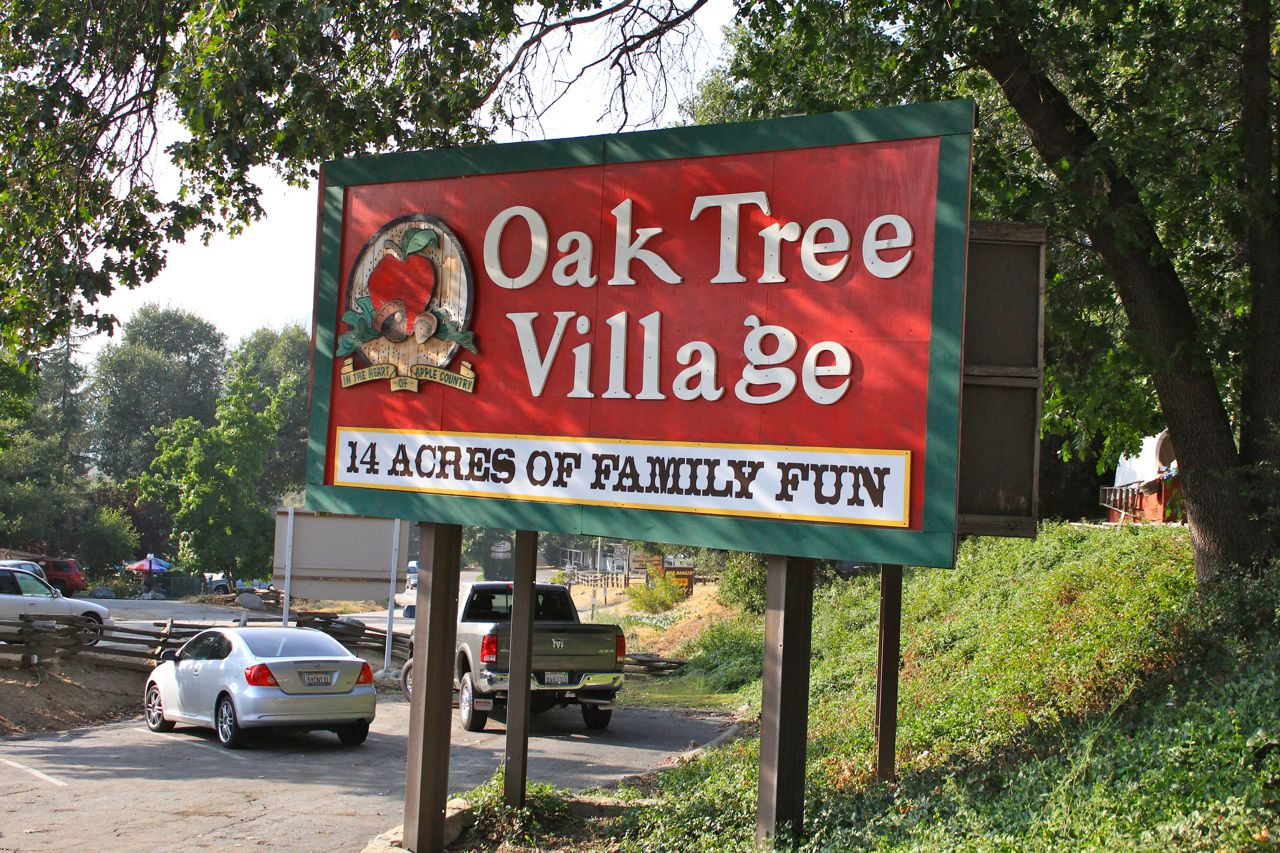 Oak Glen California Apples Farms Art And Pie on Fill Up Food