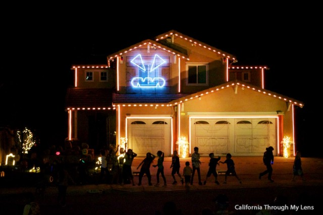 halloween house 4 & Halloween Light Show House in Riverside CA | California Through ... azcodes.com