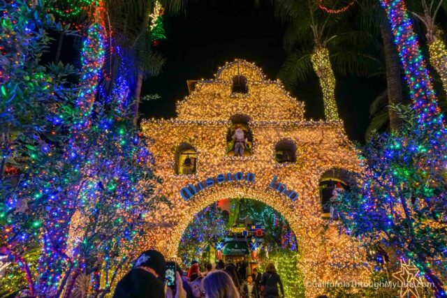 Lights Of Christmas.Mission Inn Festival Of Lights In Riverside Ca California