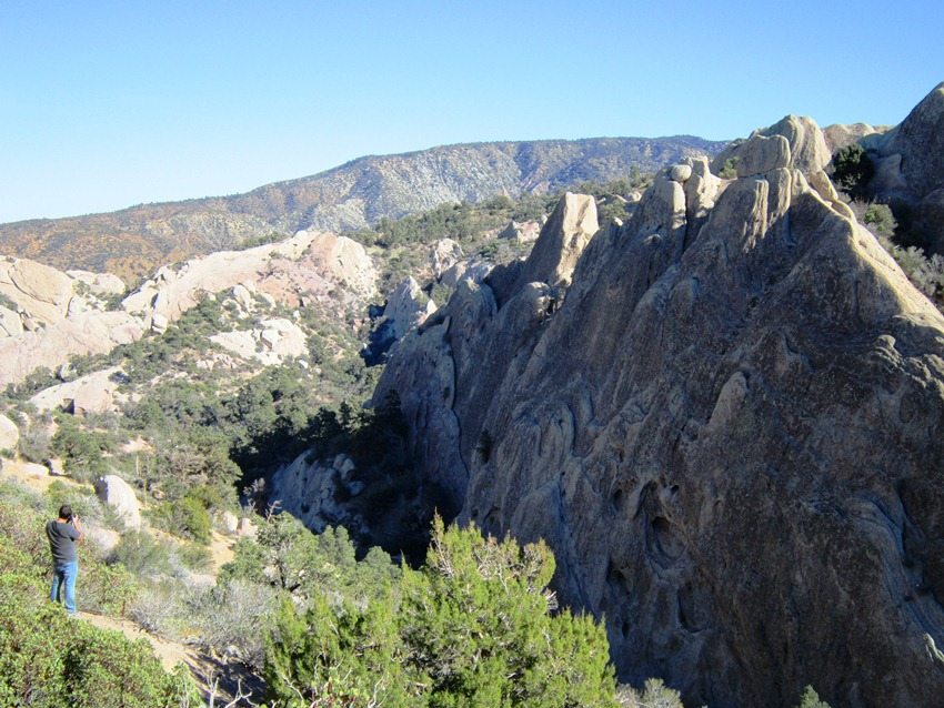 Devil's Punchbowl In Pearblossum, CA