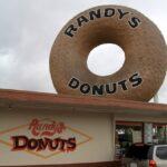 Randys donuts in LA