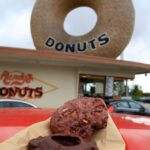 Randys donuts sign with apple fritter 150x150