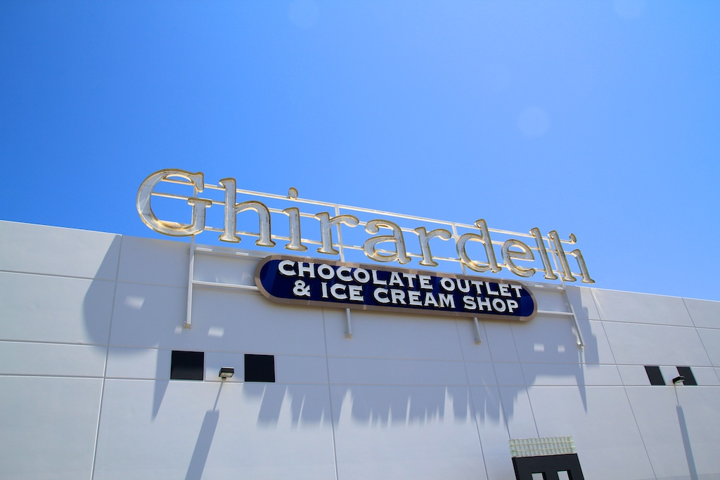 Ghirardelli Chocolate Outlet on the 5 Freeway
