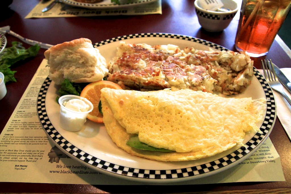 Black Bear Diner: Breakfast at the Base of Shasta ... - photo#32
