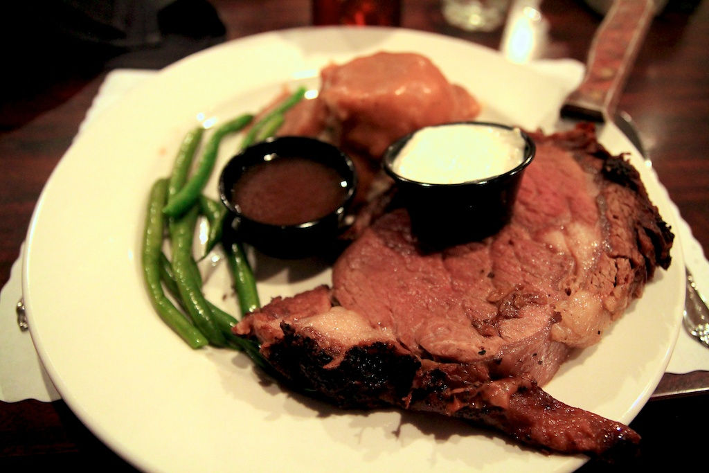 The Green Barn Steakhouse: Prime Rib in Red Bluff