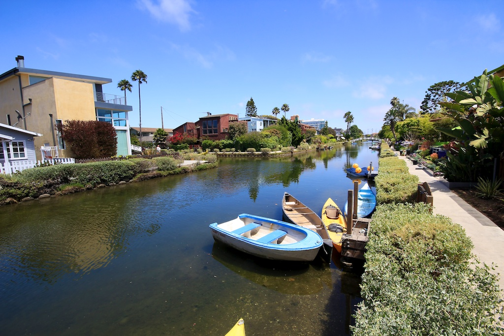 venice canals walk europe in southern california california through my lens. Black Bedroom Furniture Sets. Home Design Ideas