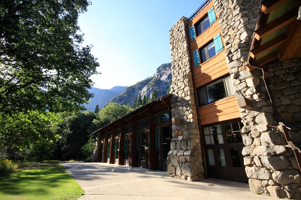 ahwahnee hotel: fine dining in yosemite national park | california