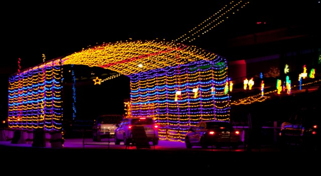 holiday of lights 640x352