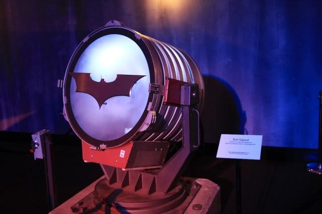 Bat Signal 640x426
