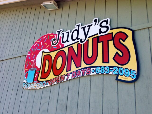 Judys Donuts Oakhurst 1