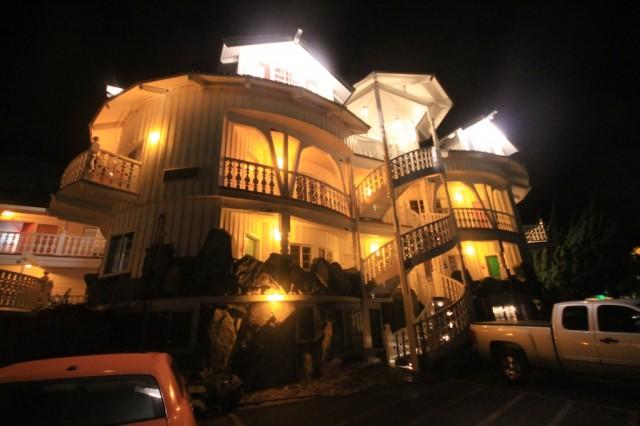 Madonna Inn 4