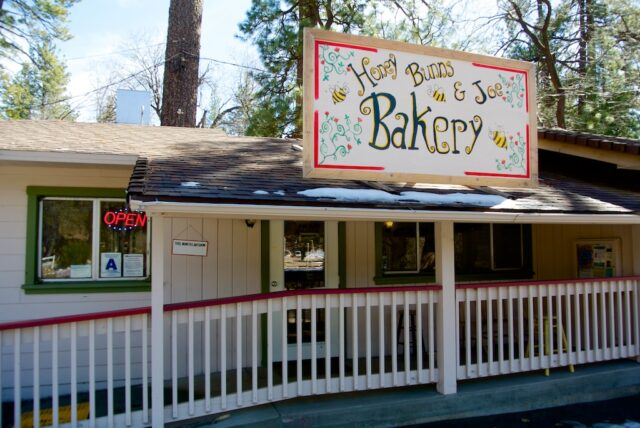 Hunny Bunns and Joe bakery