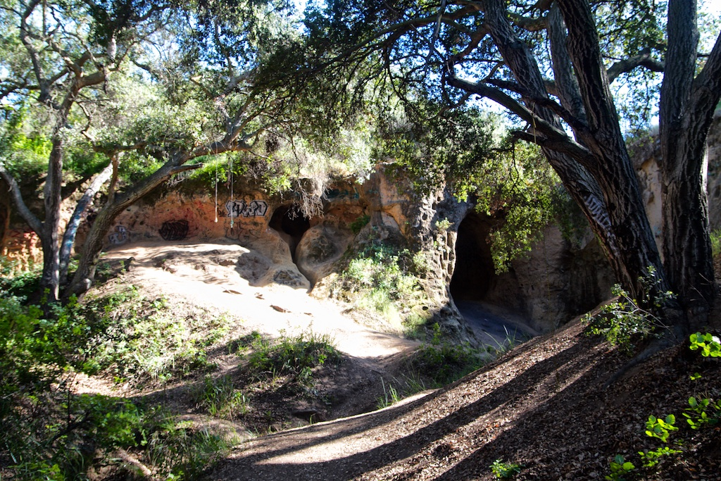 Vanalden Cave Near Los Angeles