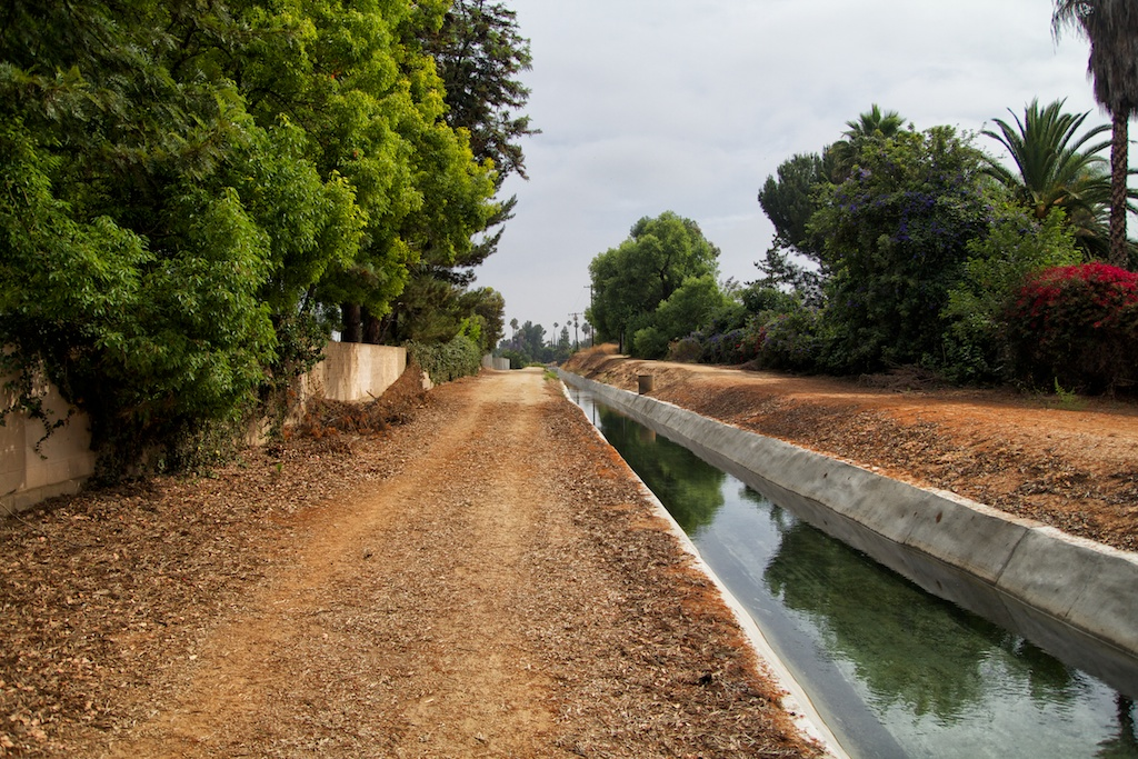 Gage Canals: Beautiful Trail to Run or Walk in Riverside