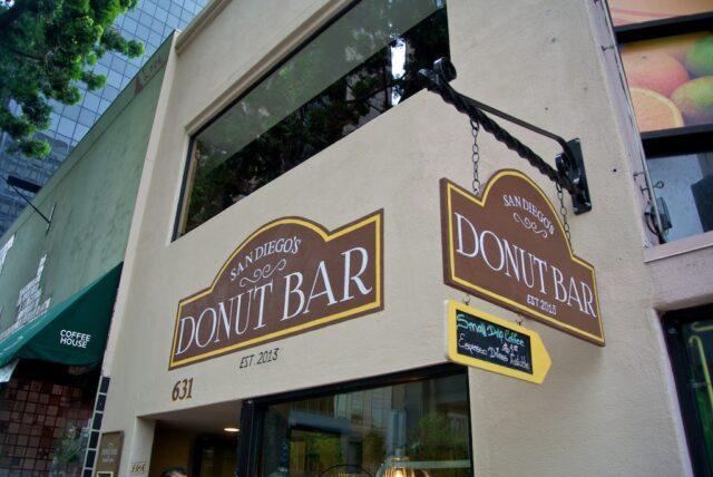 Donut Bar 13