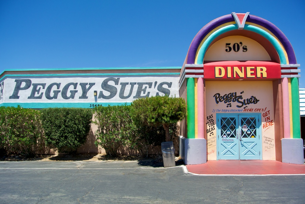 Peggy Sue's Diner: 1950's Style Diner with a Dinosaur Park