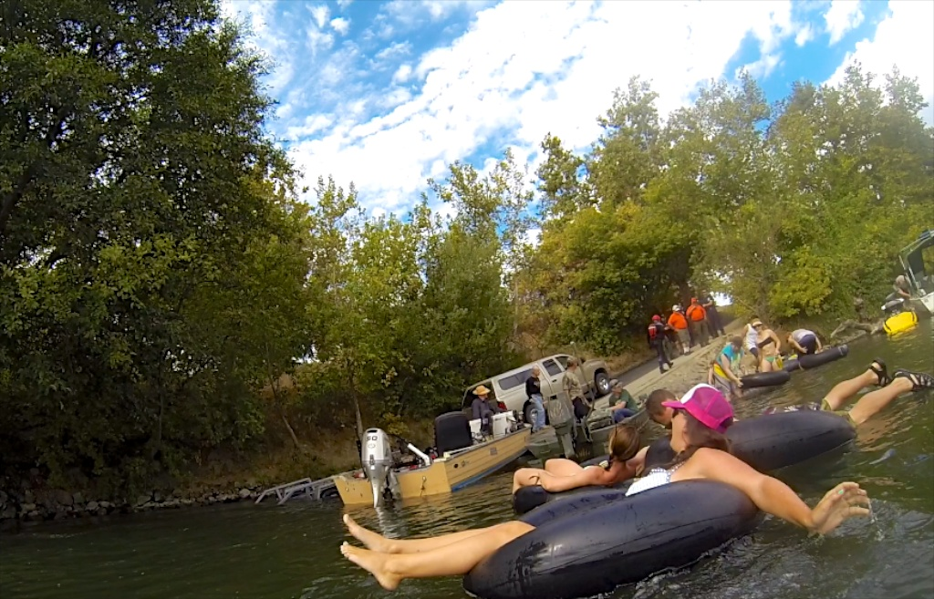 Floating The Sacramento River In Chico For Labor Day California