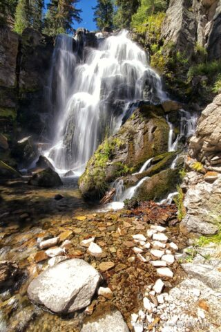 Kings Creek Falls 17