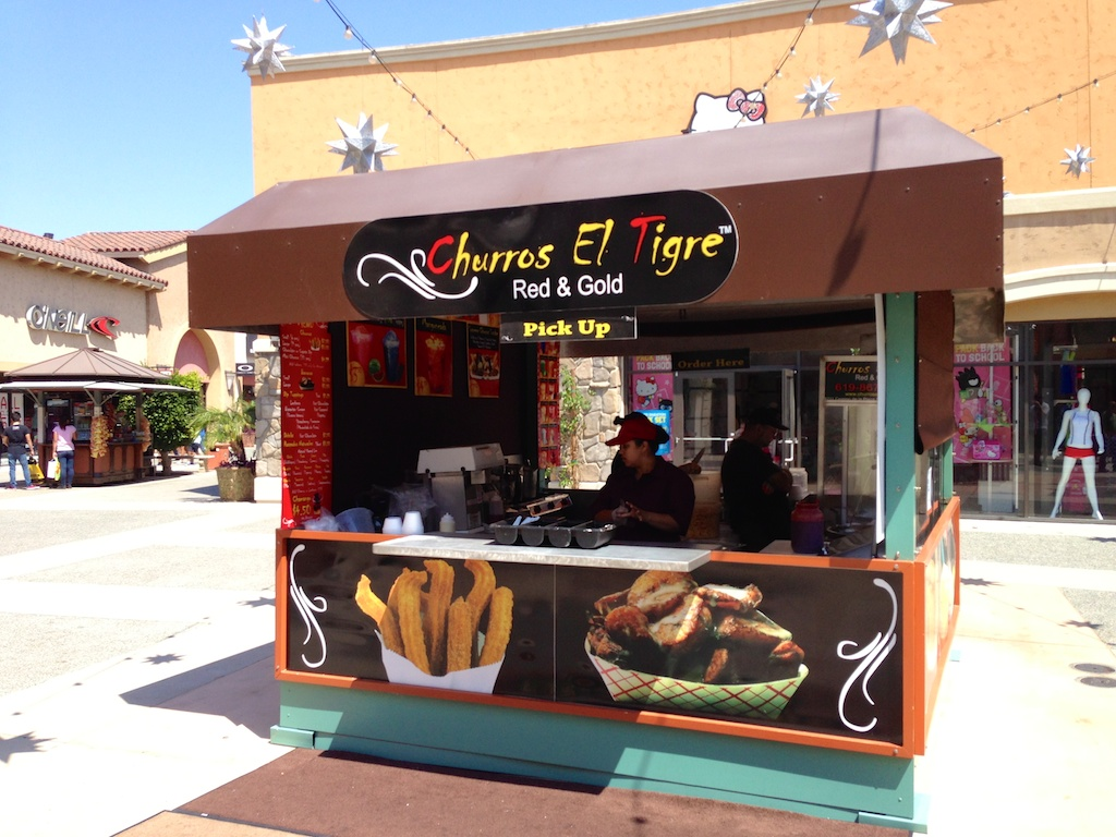76560a4371d Churros El Tigre in Las Americas Premium Outlets - California ...