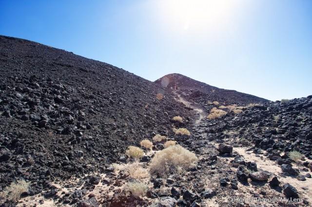 Amboy Crater 8