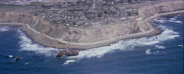 Image Credit - http://en.wikipedia.org/wiki/File:6505-ShipWreck-PalosVerdesPeninsula-1965.jpg