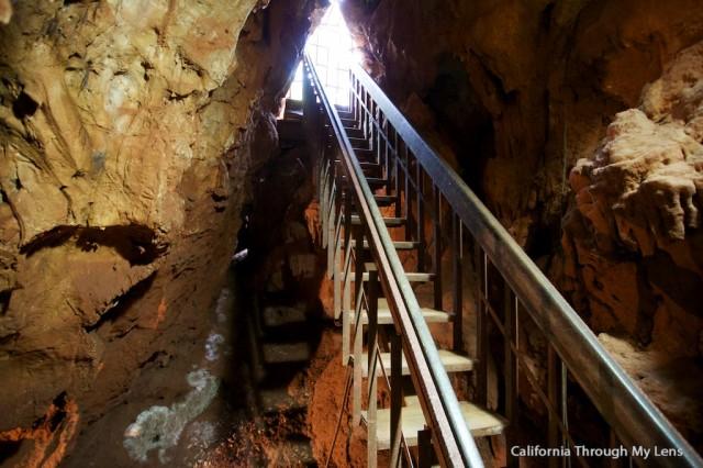 Black Chasm Caverns 14