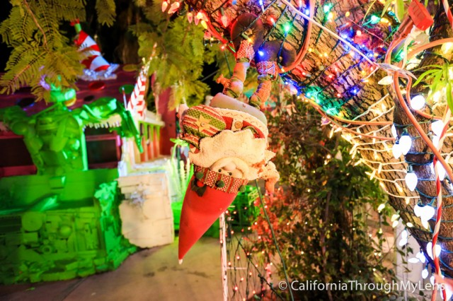 RoboLights in Palm Springs: Craziest Christmas Light Display You'll ...