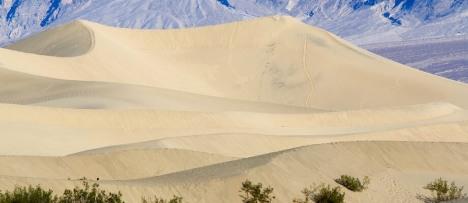 Death Valley National Park Travel Guide: Hiking, Camping, Food & Historical Sites