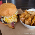 Johnny Garlics: Mac & Cheese Burgers in Bakersfield