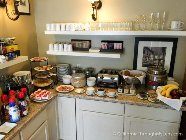 Victoria Inn Breakfast-1