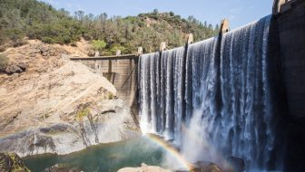 Hiking to the Lake Clementine Dam & Foresthill Bridge in Auburn