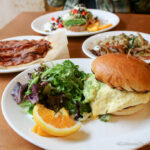 Sunflower Cafe: Great Breakfast in Sonoma Plaza