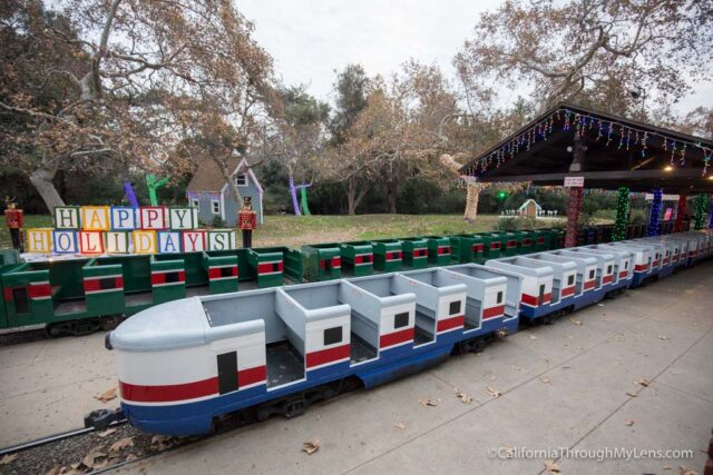 griffith-park-holiday-lights-train-2